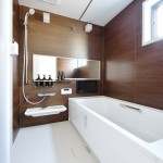 ダブル保温構造でお湯が冷めにくいサーモバスを採用。(風呂)