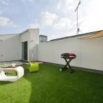 屋上は、自宅から最も近くてプライベートな屋外空間。ご家族や友人、ペットとの楽しい時間を過ごしたり、一人での気分転換や天体観測など地上の庭とはひと味違う空間としてお楽しみいただけます。