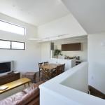 設計に関しましては一級建築士と、お客様の声を一番近くで数多く伺うことのできる、私共営業で何度も打ち合わせを重ね、一つの邸宅を作り上げていきます。